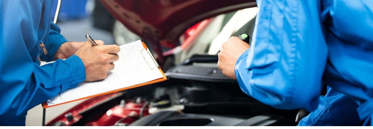 featured image for article titled Car Maintenance Checklist and Recommendations for the New Year